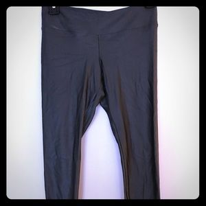 Koral dark pearly green workout pants, size Small